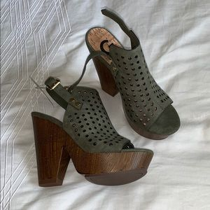 Olive green guess wedges/heals